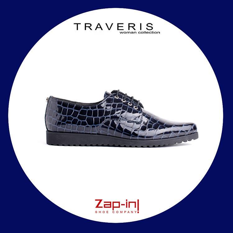Zapatos Traveris para chica en coco charol azul marino