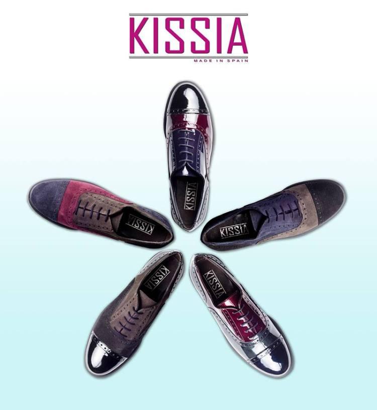 Zapato Oxford de Kissia para chica.