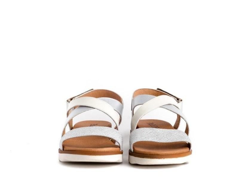 Sandalias blancas planas de tiras cómodas Paula Urban 7-8419