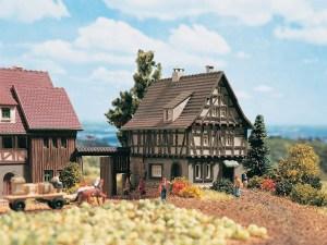 Vollmer - Casa con entramado de madera, Epoca I, Escala Z, Ref: 49530.