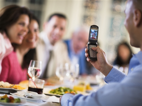 How Mobile Phones Potentially Ruin Relationships