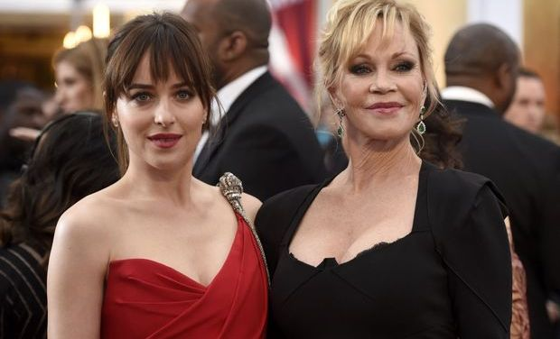 Dakota Johnson brings Melanie Griffith to Oscars