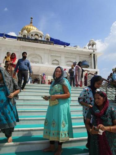 New Delhi - Mostly Sikh Temple & Lodi Gardens