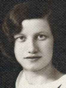 Yadzia Broniatowski 4