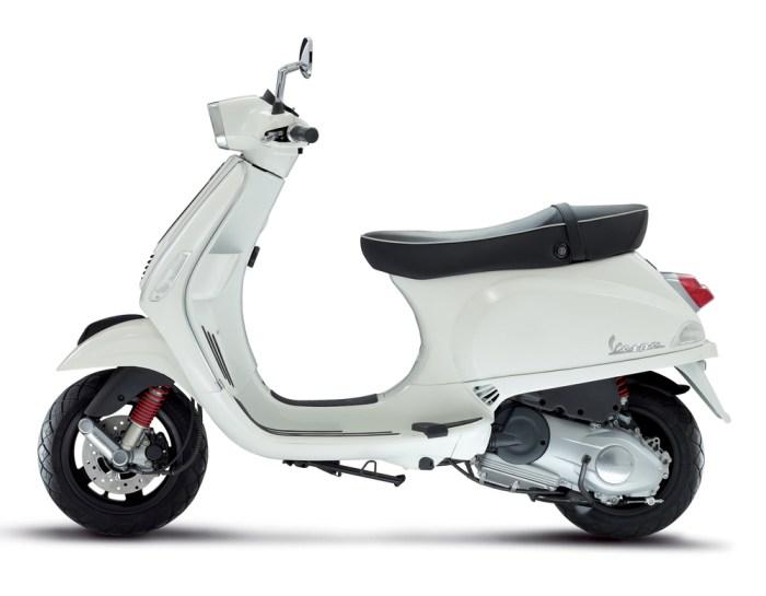 Vespa S150 White