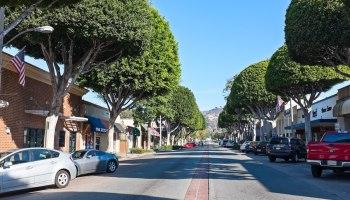 Greenleaf_Street_in_Whittier_California