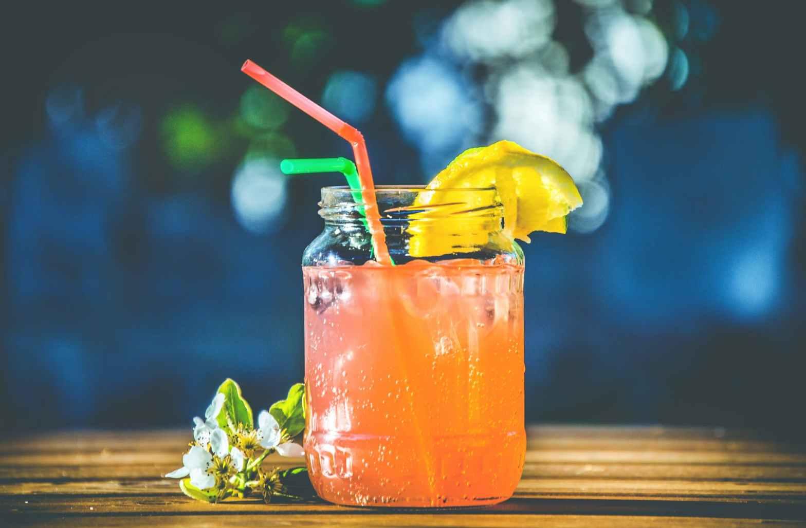 orange cocktail, bars in santa monica
