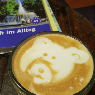 The cutest cappuccino ever. Smelly Cat Coffee is awesome.