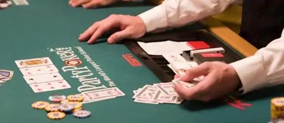 poker-dealer-edit