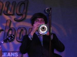 John Michael (petit trompettiste prodige de 17 ans étudiant à Nocca)