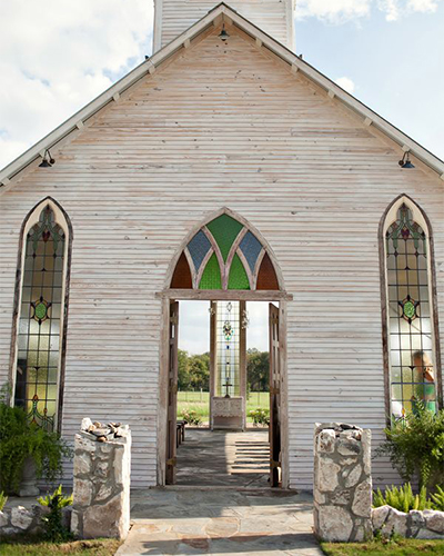 Gruene Wedding Venues | Our Favorite Texas Wedding Venues