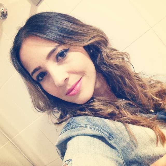 Fe Goncalves Batom Maria.Valentina1