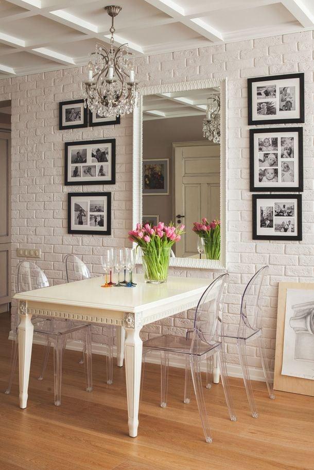 decoracao com flores na sala de jantar