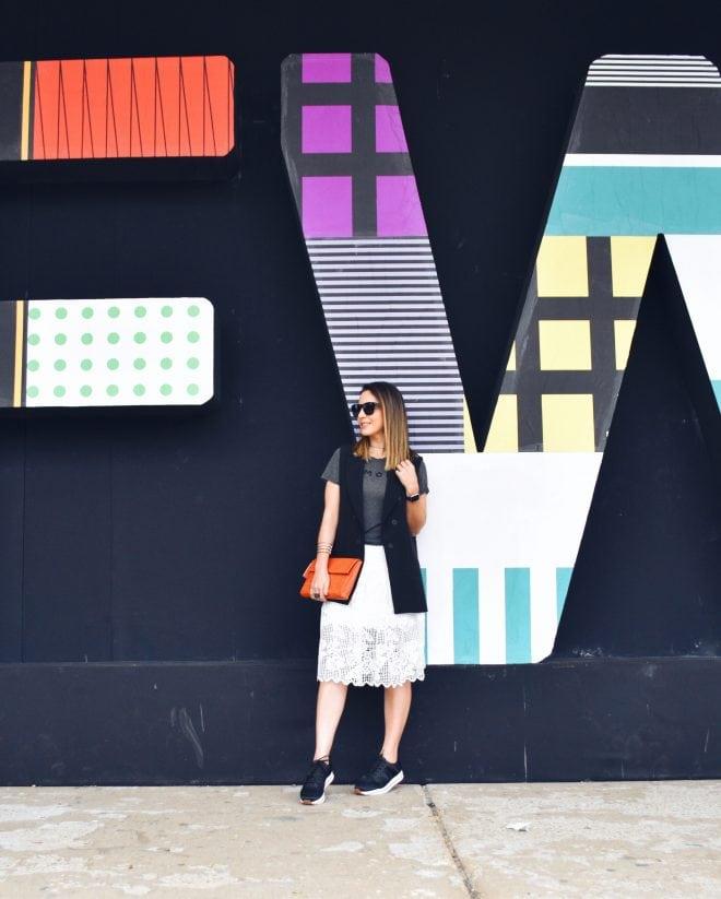 Look moderno Amaro com mix de estilos no São Paulo Fashion Week