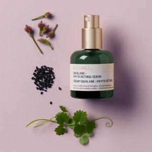 Cuidados com a pele com cosméticos sustentáveis e de origem vegetal