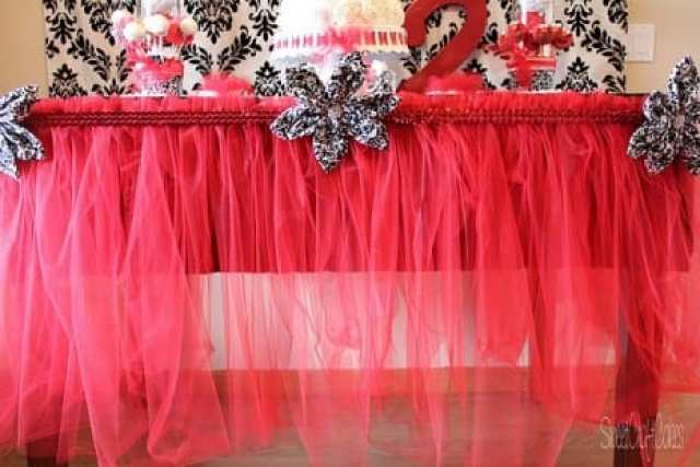 Tulle table skirt DIY