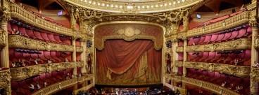 (Dans) le monde - opéra
