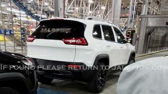 Jeep cherokee 2014 back