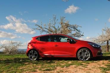 CLIO ESTATE RS 019