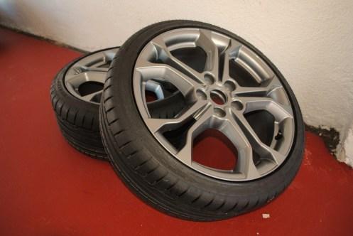 CLIO ESTATE RS 126