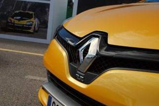 CLIO ESTATE RS 150