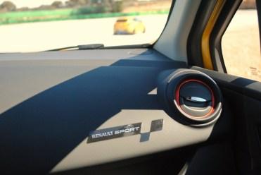 CLIO ESTATE RS 183