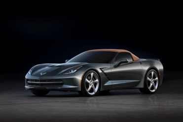 Chevrolet-Corvette-Stingray-Convertible-273621-medium