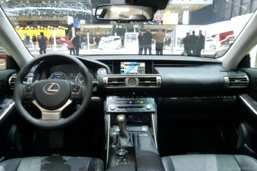 Genève 2013 Lexus 008