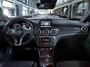 Mercedes-CLA-AMG-2013-11