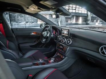 Mercedes-CLA-AMG-2013-12