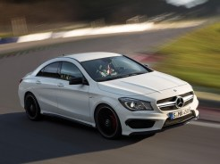 Mercedes-CLA-AMG-2013-5