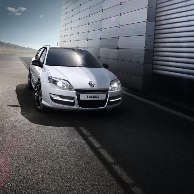 Renault_46484_global_fr