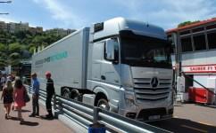 Camion Mercedes AMG Petronas F1