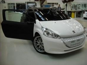 208 Hybrid FE prototype (1)