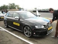 Audi RS4 Dunlop (1)