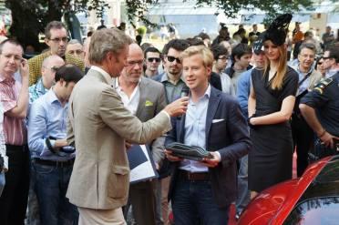 Louis de Fabribeckers patron du Design deTouring Superleggera reçoit le Concorso d'Eleganza Villa d'Este Design Award 2013