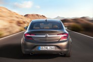 Opel-Insignia-286329-medium