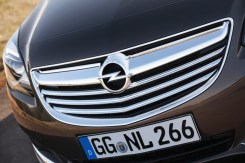 Opel-Insignia-286336-medium