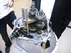moteur 208 Hybrid FE (7)