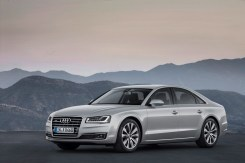 2014-Audi-A8-11[2]