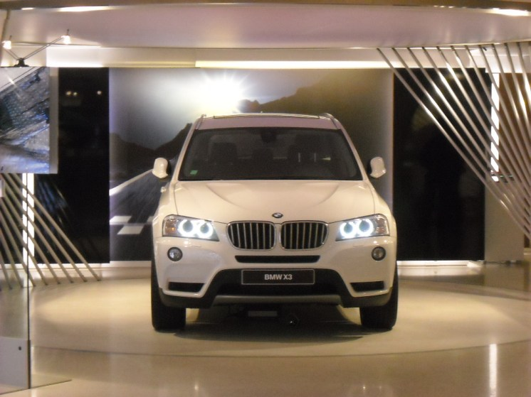 BMW Closed Room (2)