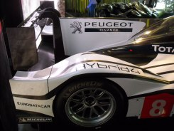 Peugeot 908 HYbrid4 (8)