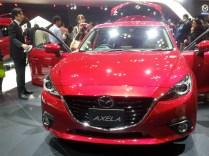 Mazda 3 Axela (1)