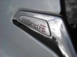 Peugeot 208 HYbrid FE (3)