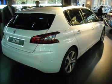 Peugeot 308 II 2013 (6)