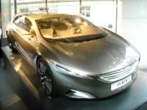 Peugeot HX1 Concept (2)
