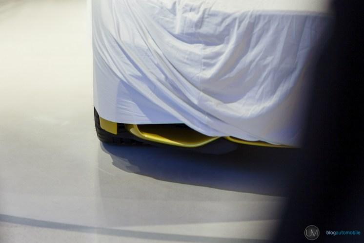 M4 Bâche Closed Room BMW (2)