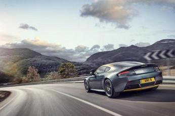 Aston Mastin V8 Vantage N430 (2)