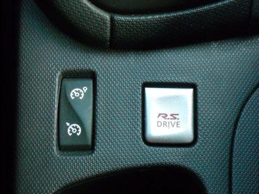 Intérieur Clio IV RS (8)