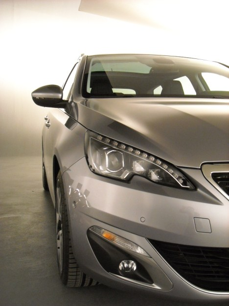 Peugeot 308 SW 2014 (7)